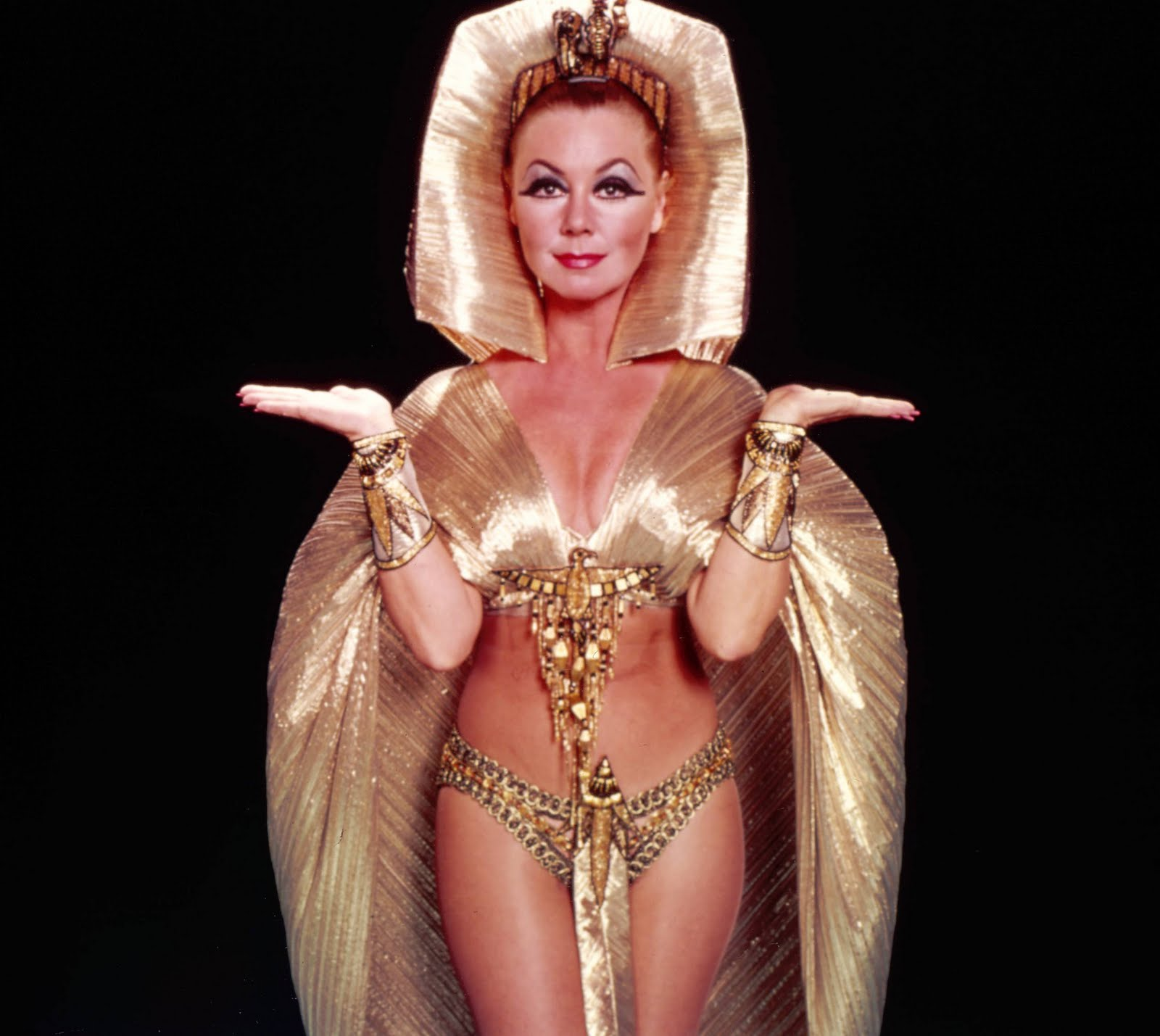 mitzi gaynor height