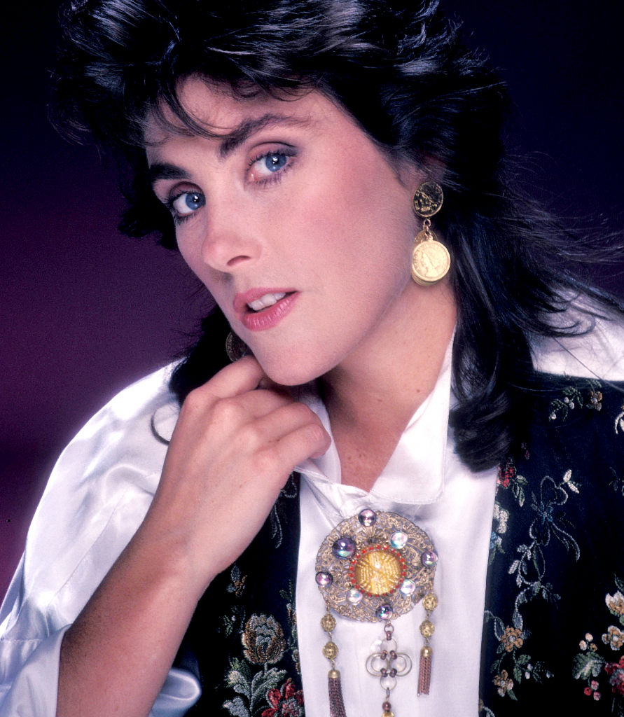 Laura Branigan high res