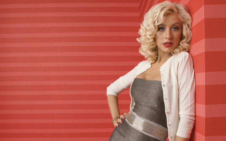 Christina Aguilera pink background
