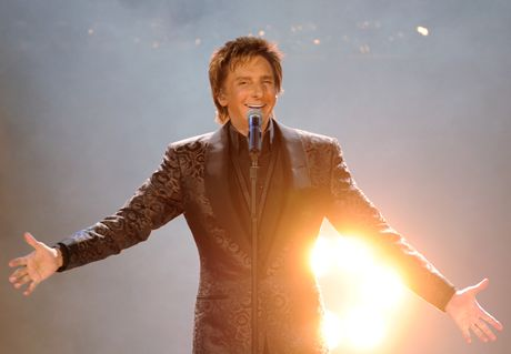 Barry Manilow on stage