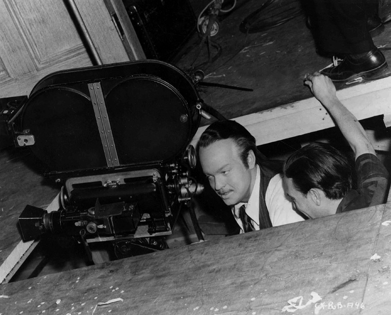 Orson Welles on set