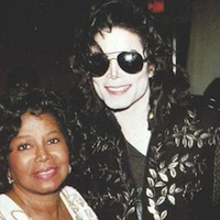 <i>Eating With the Stars:</i> Michael Jackson's Mother's Sweet Potato Pie