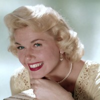 Doris Day pearls