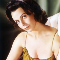 Claire Bloom color