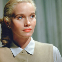 Eva Marie Saint young