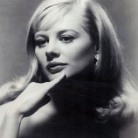 Shirley Knight young