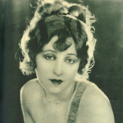 Mildred Harris sepia
