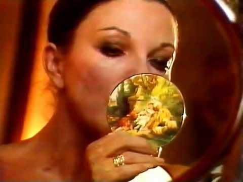 Joan Collins make-up
