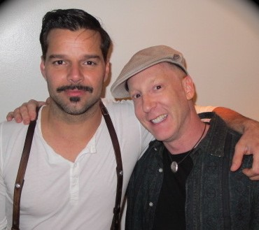 """The """"Ricky Martin Effect"""" (And 5 Suggestions on How to Avoid It When Posing with a Star)"""