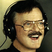 <strong><i>Stargayzing</i> Mix Tape: The Most Unbelievable Cover Songs of All-Time! #6: Robert Goulet's Version of Helen Reddy's Cover of Paul Williams' <i>You and Me Against the World</i></strong>
