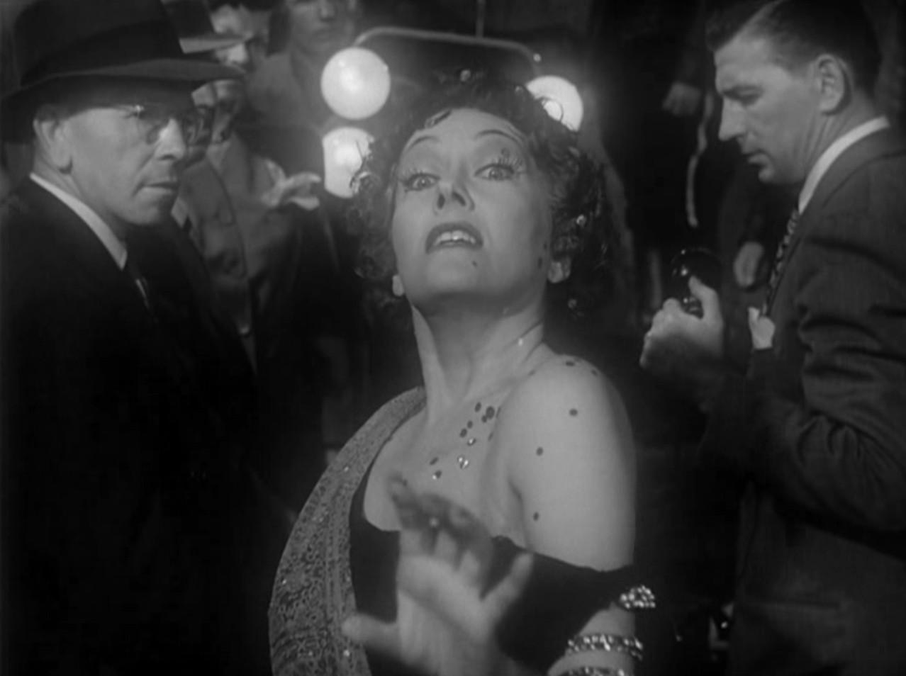 Gloria Swanson Recalls the First Screening of Sunset Blvd. (1950 ...