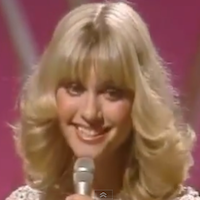 A 1978 Olivia Newton-John, ABBA, and Andy Gibb Concert in Stereo